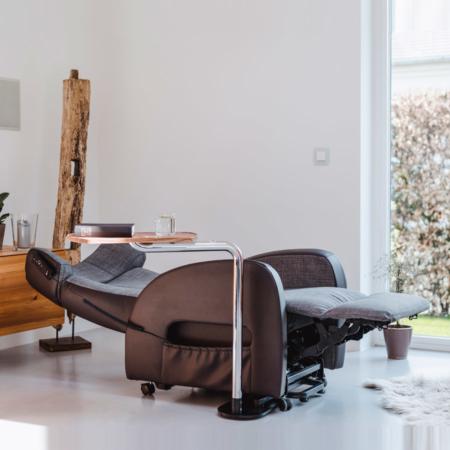 Aufstehsessel und Tagesbett