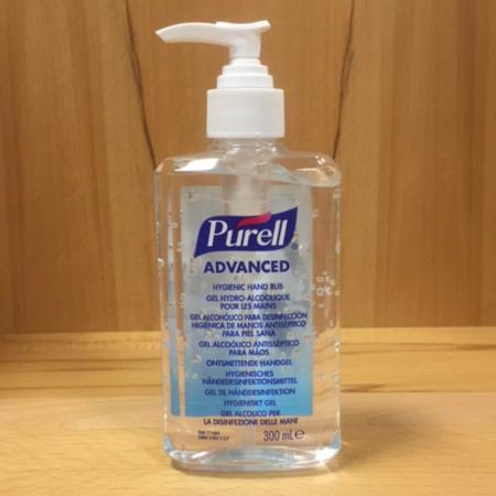 Pumpflasche 300ml Inhalt mit Händedesinfektionsmittel Purell Advanved